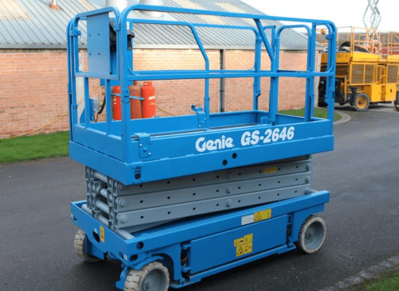 Xe nâng người Cắt kéo Ginie được sử dụng phổ biến trong cuộc sống